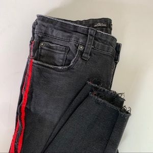 STS Blue Cropped Black Jeans